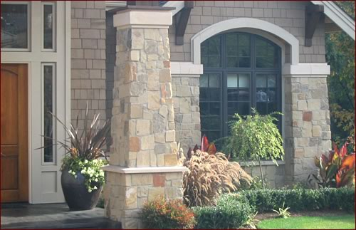 Ashlar styles such as the one depicted here (Robinson Rock in the color Tuscany™) are composed of larger rectangular pieces with square edges and flat surfaces.