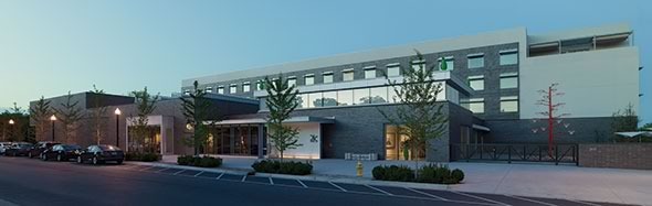 A wide shot of the exterior of 21c Bentonville. Courtesy of 21c Museum Hotels.