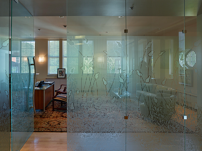 Etched art glass is a main interior feature at IMC's new International Headquarters